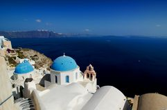 kyrklig greece santorini Arkivfoto