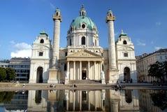 kyrklig karlskirche vienna Royaltyfri Bild