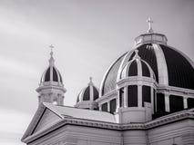 Kyrklig kupol och kyrktorn Arkivbild