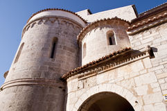 kyrklig medelhavs- sten Arkivfoto