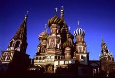 kyrklig moscow för basilika st Royaltyfria Bilder