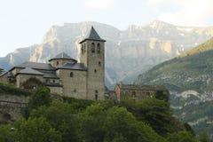 kyrklig ordesa pyrenees torla Arkivbild
