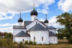 Kyrklig presentation av Mary By Sukharevo Ryssland royaltyfri foto