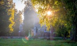kyrklig soluppgång Arkivbild