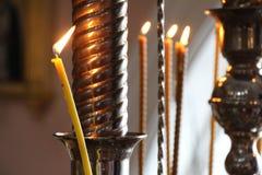 Kyrklig stearinljus Royaltyfri Foto
