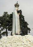 Kyrkliga ceremonier gällde synerna av vår dam av Fatima, Portugal arkivbilder