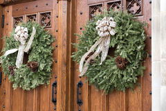 Kyrkliga dörrar Arkivbild