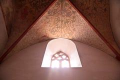 kyrkliga gammala fönster Royaltyfria Foton