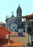 kyrkliga gammala porto portugal Arkivfoton