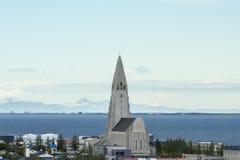 Kyrkliga Hallgrimskirkja Reykjavik Arkivbild