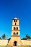 Kyrkliga Klocka för sten torn Arkivbilder