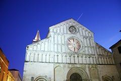 Kyrkliga Klocka torn i Zadar Kroatien Arkivbild