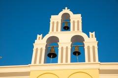 Kyrkliga klockor Arkivfoto