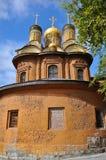 kyrkliga kupolformiga guld- moscow Fotografering för Bildbyråer