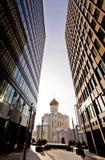 kyrkliga moderna gammala ryssskyskrapor två Royaltyfria Bilder