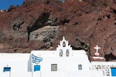 Kyrkliga near röda strandAkrotiri Santorini Cyclades öar Arkivfoto