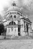 Kyrkliga Santa Maria della Salute i Venedig Royaltyfri Fotografi