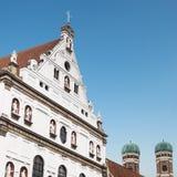 Kyrkliga St Michael och kyrka av vår dam i Munich, Tyskland Royaltyfri Fotografi