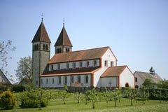 Kyrkliga St Peter och Paul på Niederzell på den Reichenau ön Royaltyfria Foton