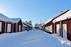 Kyrkliga stugor i Gammelstad i Gammelstad kyrktar staden Royaltyfria Foton
