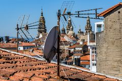 Kyrkliga torn i Santiago de Compostela, Spanien Royaltyfri Fotografi