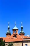 Kyrkliga tornspiror Arkivfoton