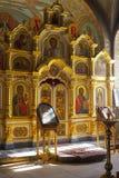 Kyrkligt altare för ryss royaltyfri fotografi