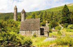 kyrkligt ireland kevin saintsymbol Royaltyfria Bilder