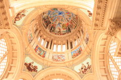 kyrkligt modernt Royaltyfria Foton