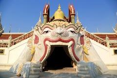 kyrkligt thai royaltyfri bild