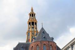 Kyrkligt torn av den Der motorförbundet-kerk i Groningen, Nederländerna Royaltyfri Bild