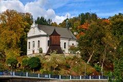 kyrkligt torn för klocka Arkivfoton