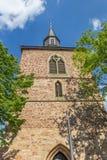 Kyrkligt torn i den historiska mitten av Blomberg Arkivbilder