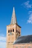 Kyrkligt torn i Tzummarum, Nederländerna Fotografering för Bildbyråer