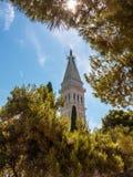 Kyrkligt torn, Rovinj, Kroatien Fotografering för Bildbyråer