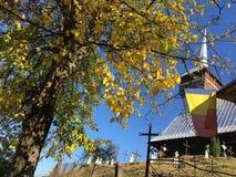 kyrkligt trä royaltyfria bilder