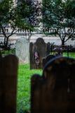 Kyrkogård för Treenighetkyrka på Wall Street och Broadway, Manhattan, Royaltyfri Foto