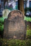 Kyrkogård för Treenighetkyrka på Wall Street och Broadway, Manhattan, Royaltyfri Fotografi