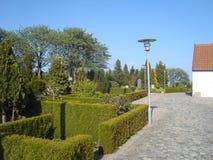 Kyrkogård i Aalborg Danmark Royaltyfri Fotografi