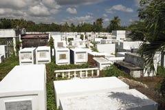 Kyrkogård i Filippinerna Iloilo Arkivbilder