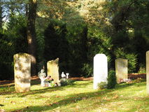 Kyrkogård i hösten Royaltyfria Bilder