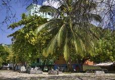 Kyrkogård i man Republik av Maldiverna Arkivbilder
