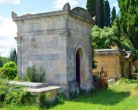 Kyrkogård i söderna av Frankrike Arkivfoton