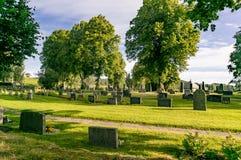 Kyrkogård och gravstenar på Kolakyrkogården Arkivbilder