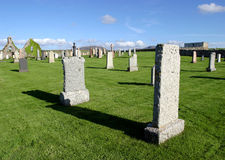 kyrkogård scotland royaltyfri bild