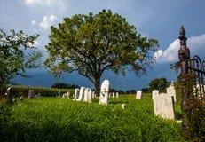 Kyrkogårdingång Arkivbild