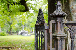 Kyrkogårdport Arkivbild