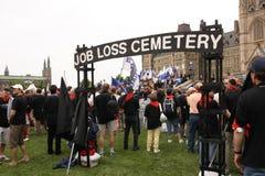 kyrkogårdsysselsättningsminskning Arkivfoton
