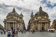 Kyrkor kopplar samman Fotografering för Bildbyråer