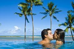 kyss Fotografering för Bildbyråer